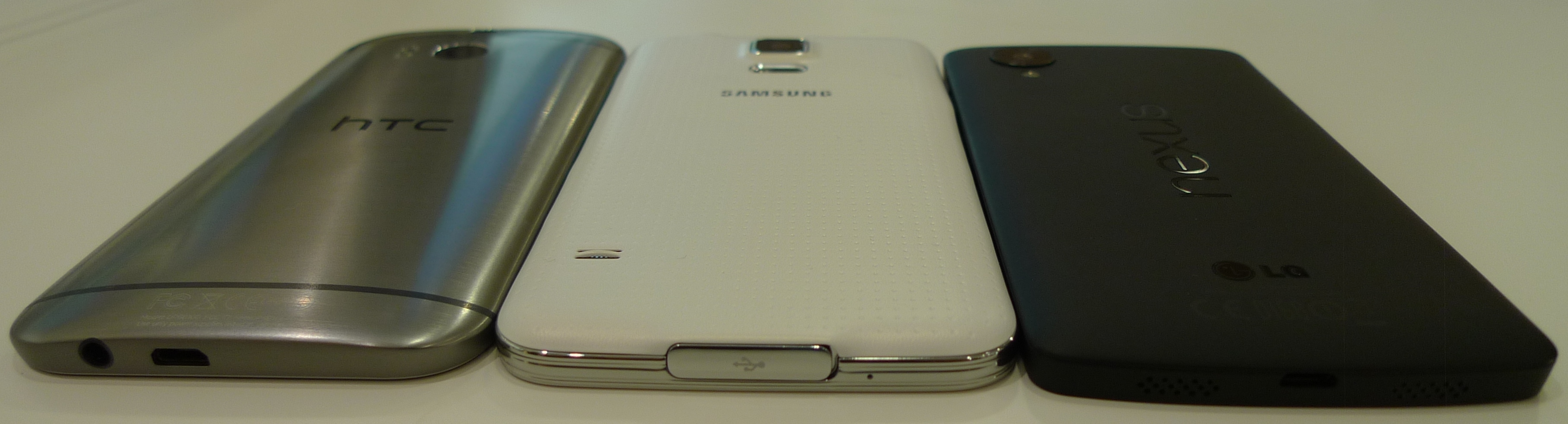 So sánh cận cảnh Samsung Galaxy S5, HTC One M8 và LG Nexus 5 3
