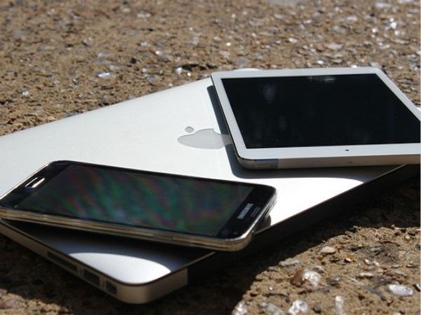 Cách bảo quản smartphone trong ngày hè