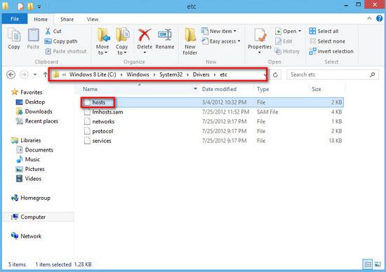 Vào thư mục chứa File Host